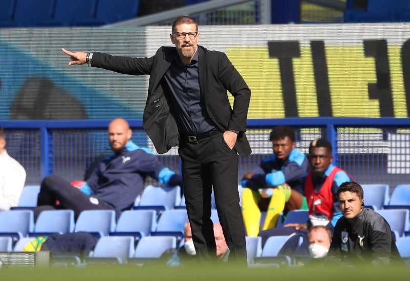 Slaven Bilic wearing a suit and tie: Premier League - Everton v West Bromwich Albion