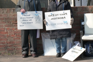 Anti-Abortion Protesters 'Breaking Social-Distancing Rules' As 40-Day Vigils Begin