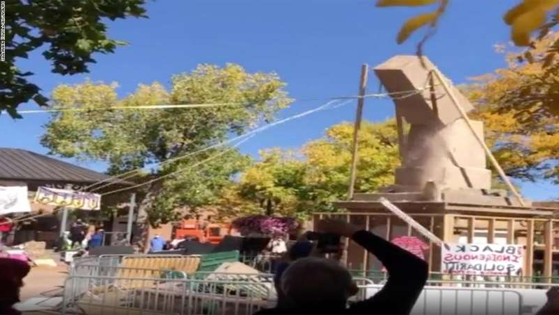 Us Activists Have Long Said A Santa Fe Monument Celebrated The Killings Of Native Americans Crowds Toppled It This Week Pressfrom Us