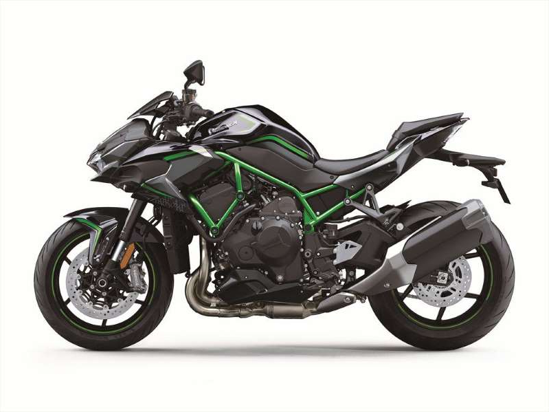 a motorcycle parked on the side: 2020 Kawasaki Z H2