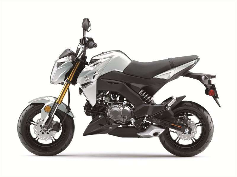 a motorcycle parked on the side: 2020 Kawasaki Z125 Pro