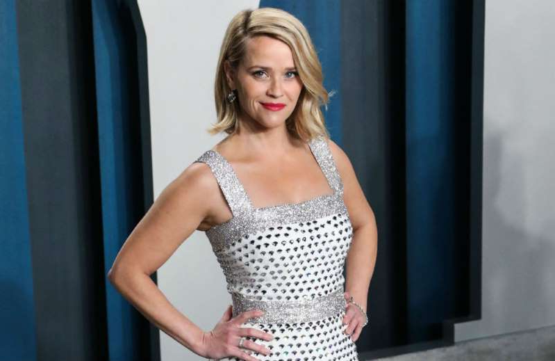 Reese Witherspoon wearing a dress