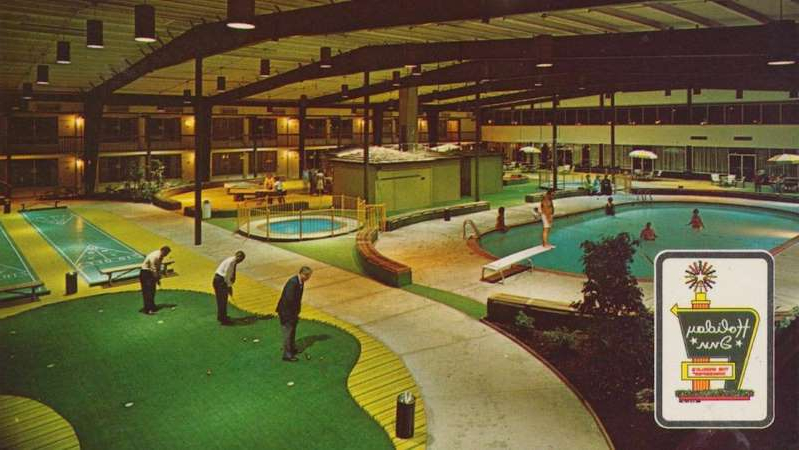 Holiday Inn Holidomes boasted heated pools and mini golf at many of their facilities.