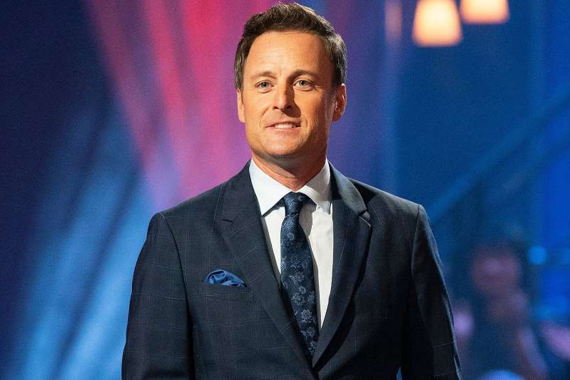 Chris Harrison wearing a suit and tie: Eric McCandless via Getty Chris Harrison