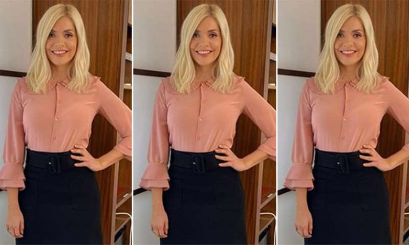 Holly Willoughby, Holly Willoughby, Holly Willoughby posing for the camera: Hello! Magazine