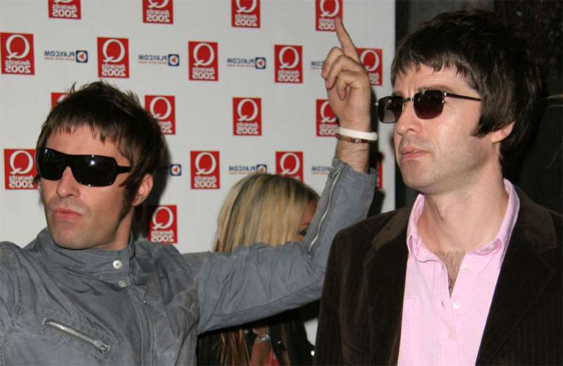 Noel Gallagher, Liam Gallagher are posing for a picture: Noel and Liam Gallagher