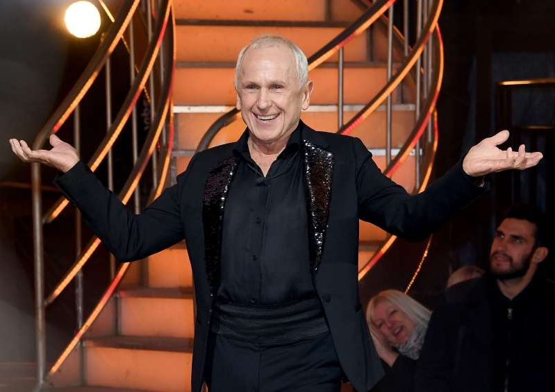 Wayne Sleep et al. posing for a picture: BOREHAMWOOD, ENGLAND - FEBRUARY 02: Wayne Sleep is evicted during the 2018 Celebrity Big Brother Final at Elstree Studios on February 2, 2018 in Borehamwood, England. (Photo by Stuart C. Wilson/Stuart C. Wilson/Getty Images)
