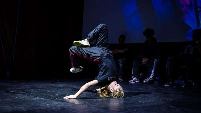 Face au Covid-19, le breakdance ne