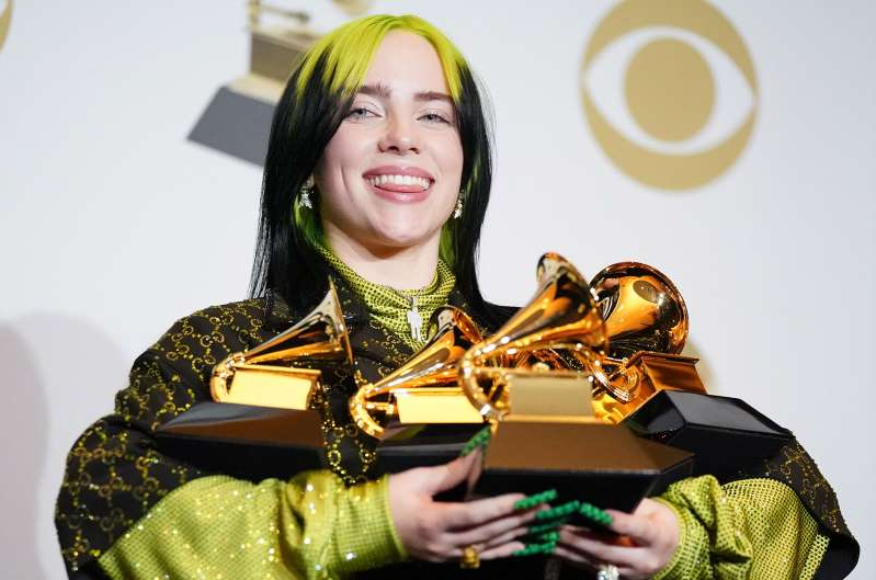 a person posing for the camera: Billie Eilish