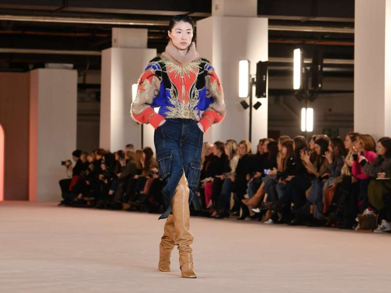 Jeanstrends im Winter 2020: Lange Jeansröcke Getty Images