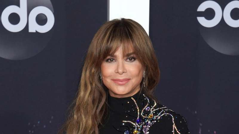 Paula Abdul posing for the camera