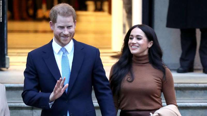 Meghan Markle, Prince Harry are posing for a picture: Prince Harry, Duke of Sussex and Meghan, Duchess of Sussex depart Canada House on January 07, 2020 in London, England.