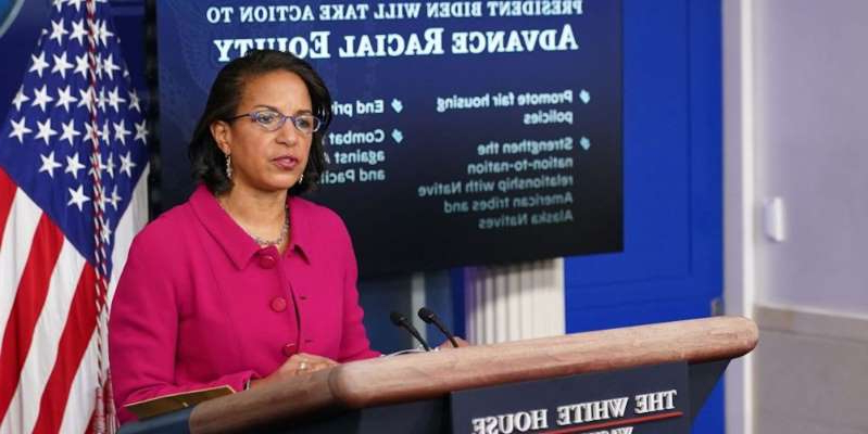 Susan Rice holding a sign: Domestic Policy Advisor Susan Rice speaks during the daily briefing in the Brady Briefing Room of the White House in Washington, DC on January 26, 2021. MANDEL NGAN / AFP) (Photo by MANDEL NGAN/AFP via Getty Images