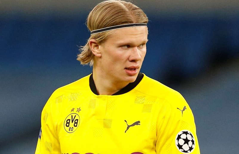 Erling Haaland in action for Dortmund