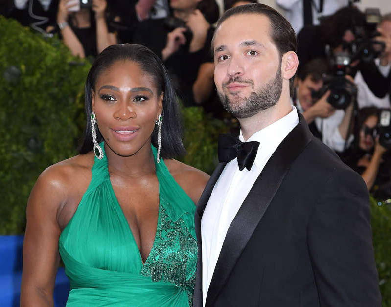 Alexis Ohanian, Serena Williams are posing for a picture: Karwai Tang/WireImage Alexis Ohanian, Serena Williams