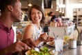 Linger over lunch to lose weight: Study suggests