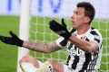 Juventus have offered Mario Mandzukic to Manchester United