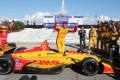 Hunter-Reay races to 1st IndyCar win since 2015