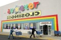 The demise of Toys 'R' Us is a warning