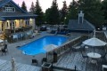 Mother and daughter dead after being found in Blue Mountains resort pool, OPP say