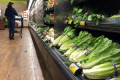 US traces lettuce outbreak to at least 1 California farm