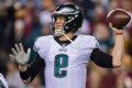 Nick Foles ties NFL record with 25 consecutive completions