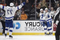 Lightning edge Ducks in OT to cap near-perfect month