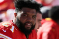 NFL playoffs 2019: Chiefs guard Jeff Allen gifts tickets to fan who helped him in snow