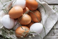 The Surprising Difference Between Brown Eggs and White Eggs