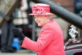 If You Eat Dinner with the Queen, You Must Follow These Two Rules