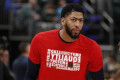 Anthony Davis hears 'Your team hates you' chant from Pacers fans