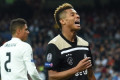 Chelsea table 'contract offer' for David Neres