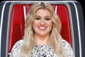 Kelly Clarkson Reveals She Had an Ovarian Cyst Burst While Filming 'The Voice'