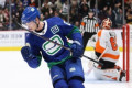 Pearson, Canucks snap Flyers unbeaten streak with 3-2 shootout win