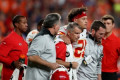 Patrick Mahomes dislocates knee in Chiefs' win over Broncos