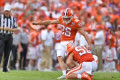 Swinney ripped Clemson kicker during game, likes response in practice