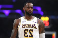 LeBron James hires taco truck to feed first responders fighting Los Angeles fire