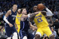 LeBron James, Lakers rally back to beat Mavericks in overtime