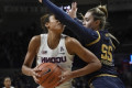 Walker leads No. 4 UConn women in rout of Notre Dame