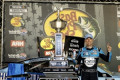 NASCAR Bristol: Harvick holds off Busch for victory