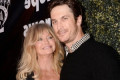 Goldie Hawn's son Oliver Hudson undergoes makeover - and he looks like Steve Jobs